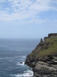 SX07286 Ruins on edge of Tintagel Island.jpg